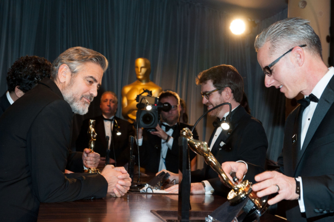 Clooney engraving